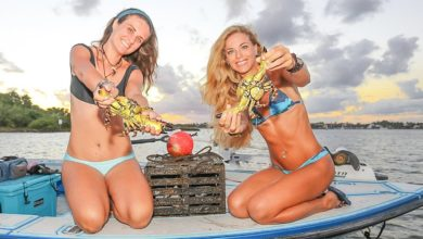 Photo of Two Sisters Florida Inshore Fishing for Crabs